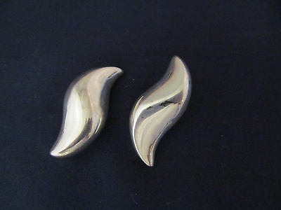 Givenchy Vintage Clip Earrings Modernist Silver Swirl Abstract Designer 335e