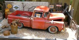 QHC-Diorama-1-24-034-1956-Chevrolet-Apache-034-with-lighting
