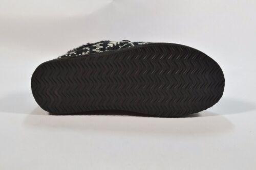 O/'Neill ELM Black White Knit Button Exterior Fleece House Women/'s Slippers