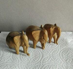 Lot-de-3-Elephants-en-bois-clair