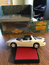 1/18 Ertl Am. Muscle 25th Anniversary Trans Am Collectors Edition with Box