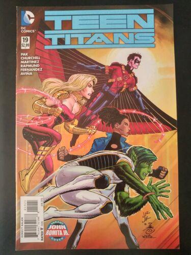 2016 DC Comics VF//NM Book TEEN TITANS #19b