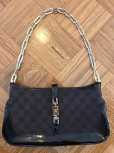 86853bdf6 GUCCI Jackie O Chain Handle GG Canvas & Leather Small Tote Bag ...