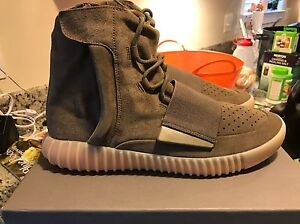 82406d7204c1 Image is loading Yeezy-Boost-750-Chocolate-Light-Brown-BY2456-Size-