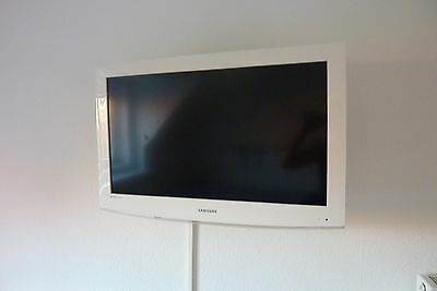 fjernsyn hvid ramme