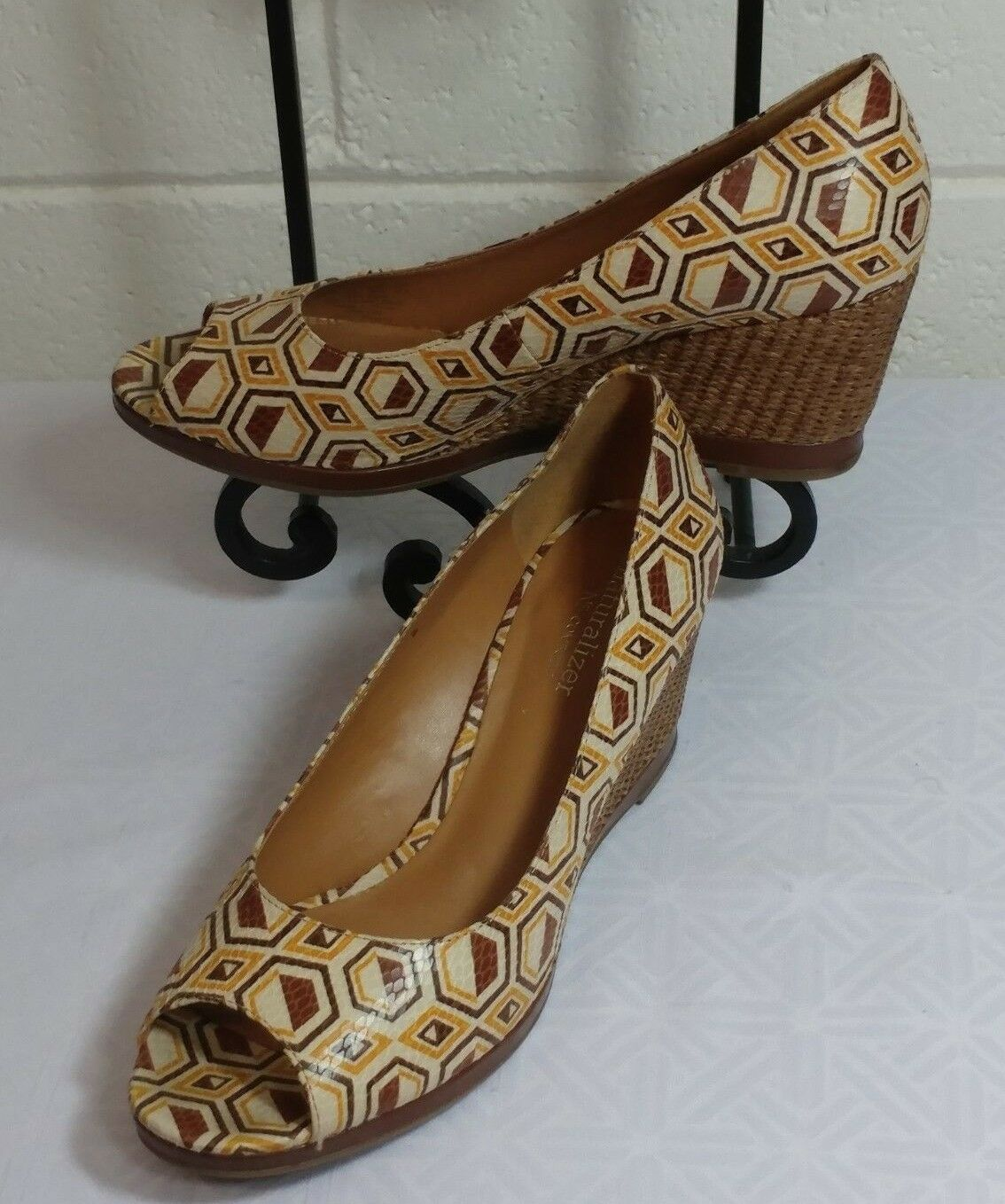 NATURALIZER N5 COMFORT SHOES Size 8.5M