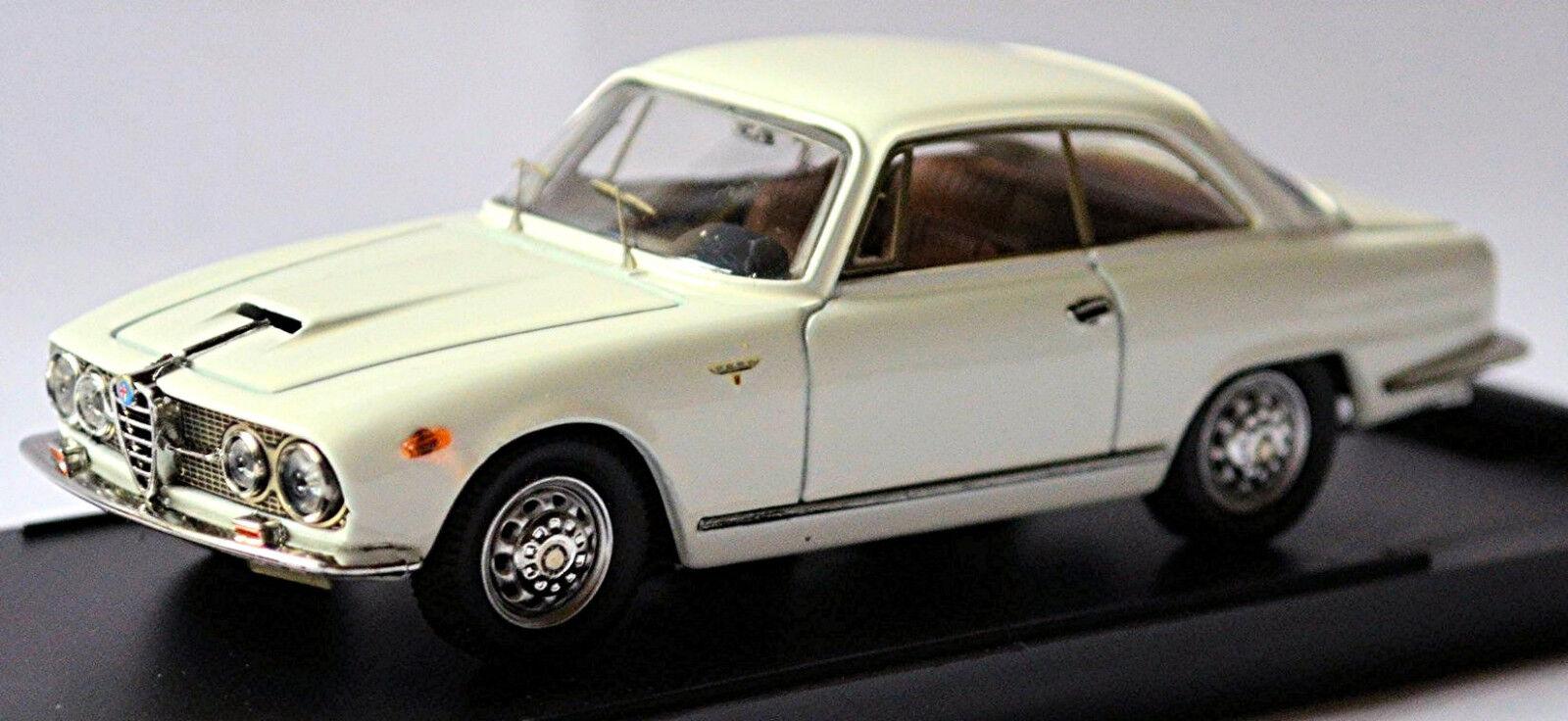 Alfa Romeo 2000 SPRINT COUPE 1960-62 White White 1 43 Bang