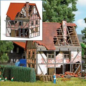 SH-Busch-1667-Verfallenes-Fachwerkhaus-Bausatz