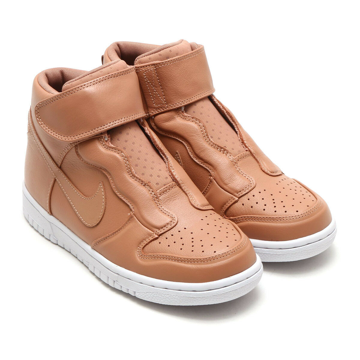 Nike Dunk High Ease Vachetta Tan Women's Boots Dusted Clay White 896187-200 Rare