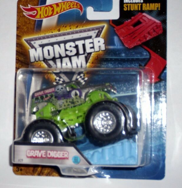 072918880bd6 Hot Wheels Monster Jam Grave Digger LOOK With Stunt Ramp 1 64 Die-cast