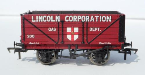 Bachmann Pt 37075U #200 7 Plk End Door Wagon 'Lincoln Corporation Gas' NEW