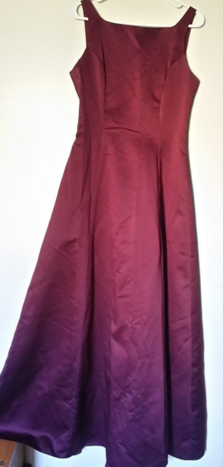 Formal or Bridesmaid Dress Burgandy David's Bridal style 8152 A-line with straps