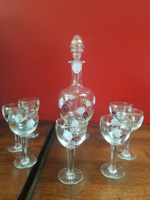 Vintage Grape Leaf w Gold Trim Decanter Set - 7 Wine / Sipping/ Cordial Glasses
