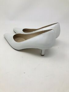 Karen-Scott-Women-039-s-Retro-Pearlized-White-Regina-Pumps-Size-9M-Heels-Shoes