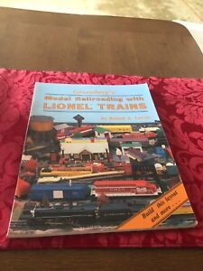 Hobby Book Lionel in Stock