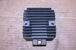 Kawasaki-GPX600R-ZX600C1-1988-Regler-Spannungsregler-SH555-12