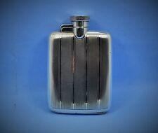 finest Art Deco sterling silver spirit flask pocket size W.N 1929 engine turned