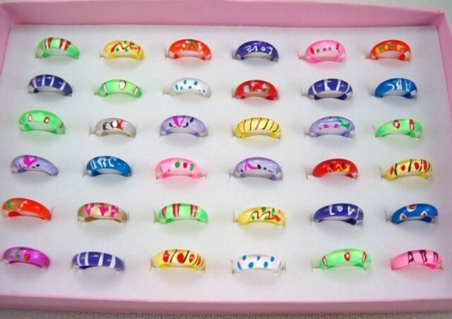 NEW  Wholesale 15pcs Mixed Style Thin Little Resin Lucite Children's Kids Rings