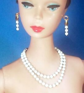 Barbie-Dreamz-WHITE-PETITE-PEARL-Double-Strand-Necklace-amp-Earrings-Doll-SET