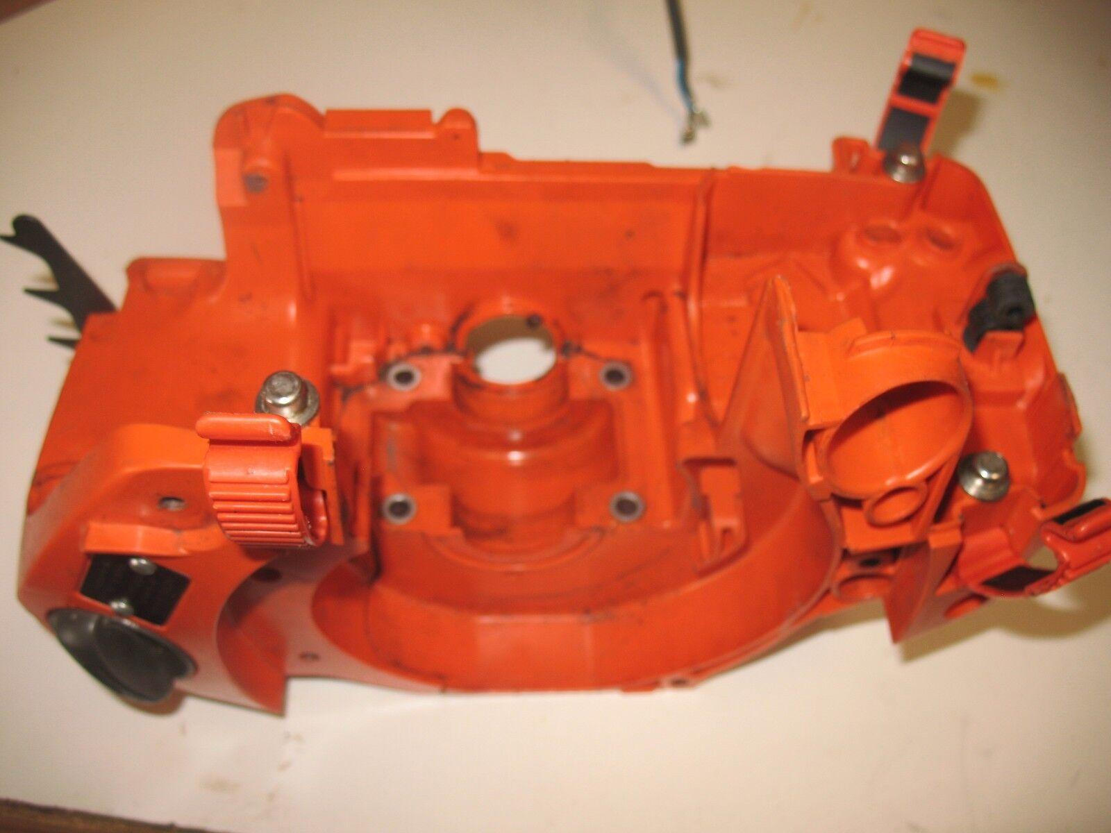 Husqvarna 440 Chainsaw Sierra Eléctrica Motor Cradle Manivela Funda Clips Tabs