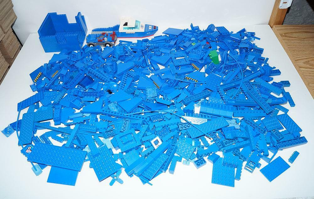 Lego blu Bulk Lot 5.5 Pounds Parts & Pieces