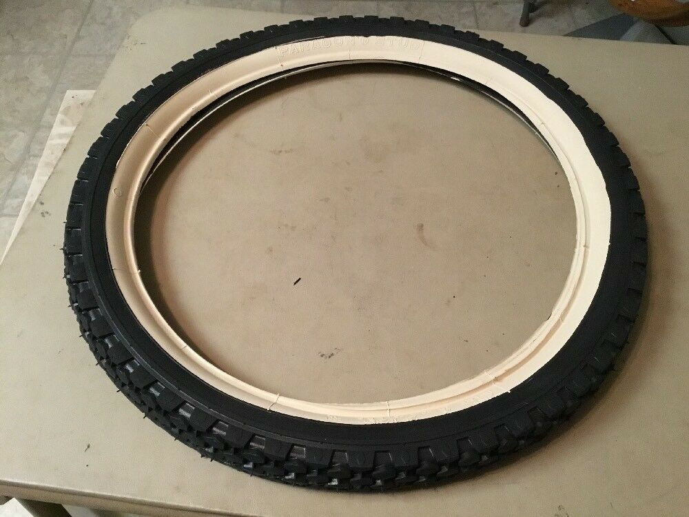 "NOS Paragon Stud 20"" x 2.125"" Tire"
