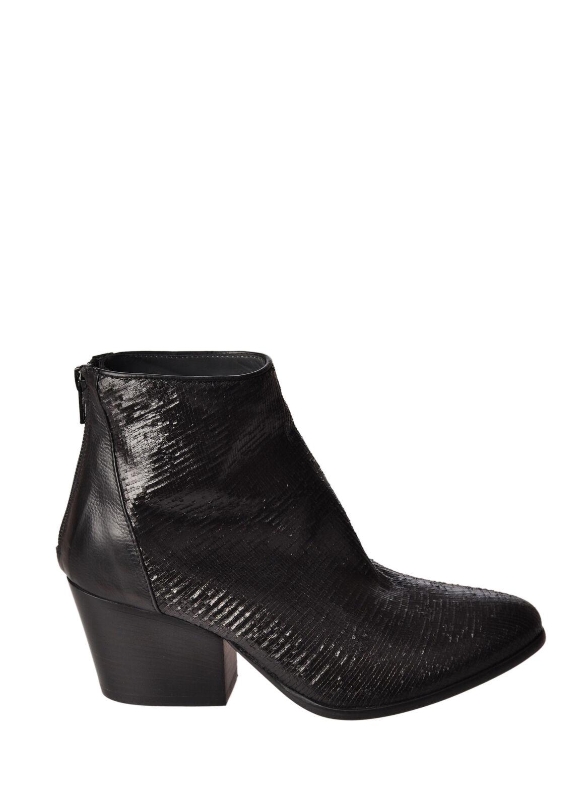 Fiorifrancesi  -  Ankle boots - Female - Black - 2869220A185735