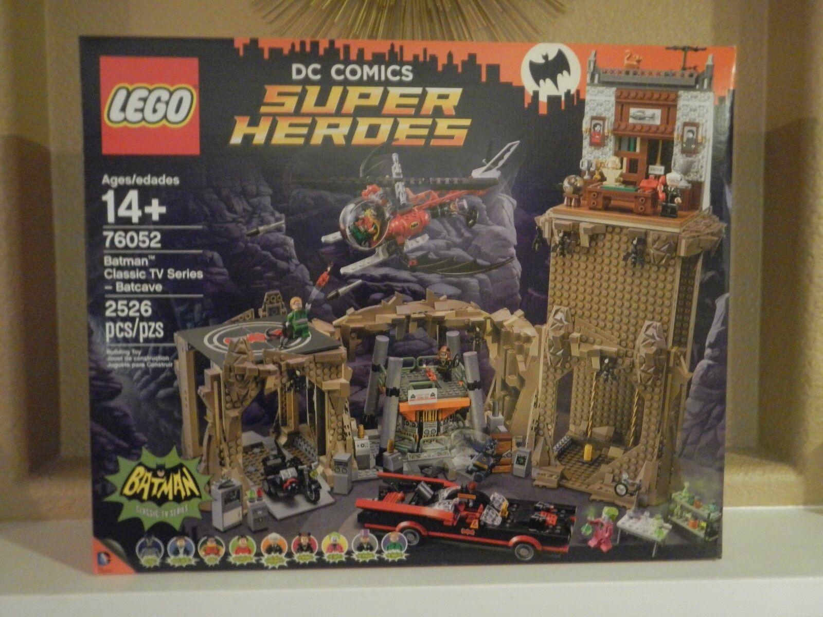 Lego-Nuevo en Caja  Batman Classic Tv Series-Baticueva