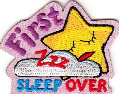 """first Sleepover"" Iron On Patch Pajama Party Fun DiseñO Profesional"