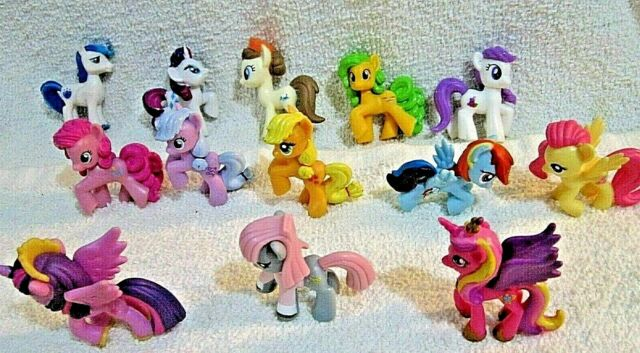 JUNK DRAWER~Hasbro ~ My Little Ponies & Unicorns Mini Figs ~ 2