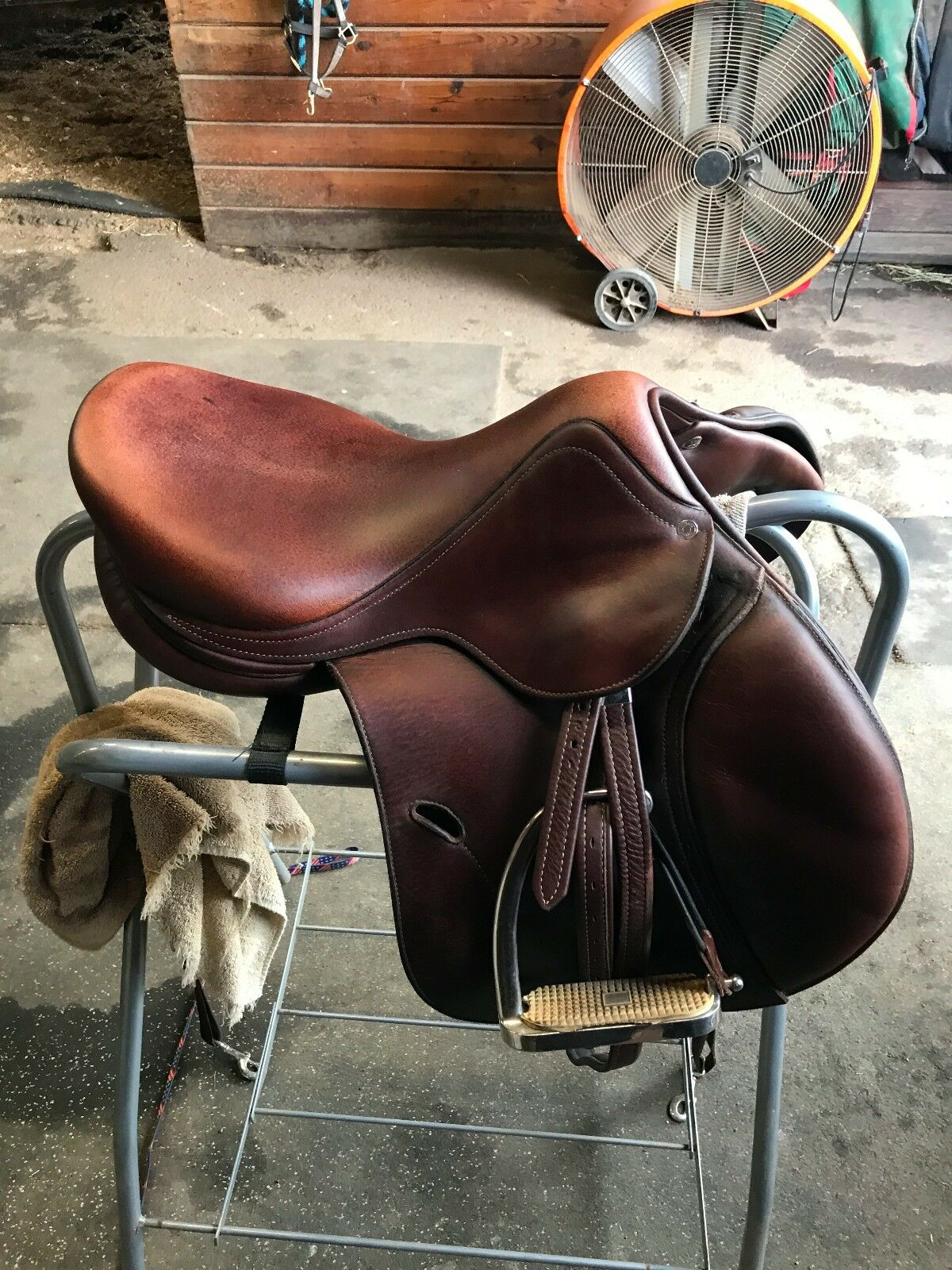 Anteras Saddle 16.5 - Good Conditions