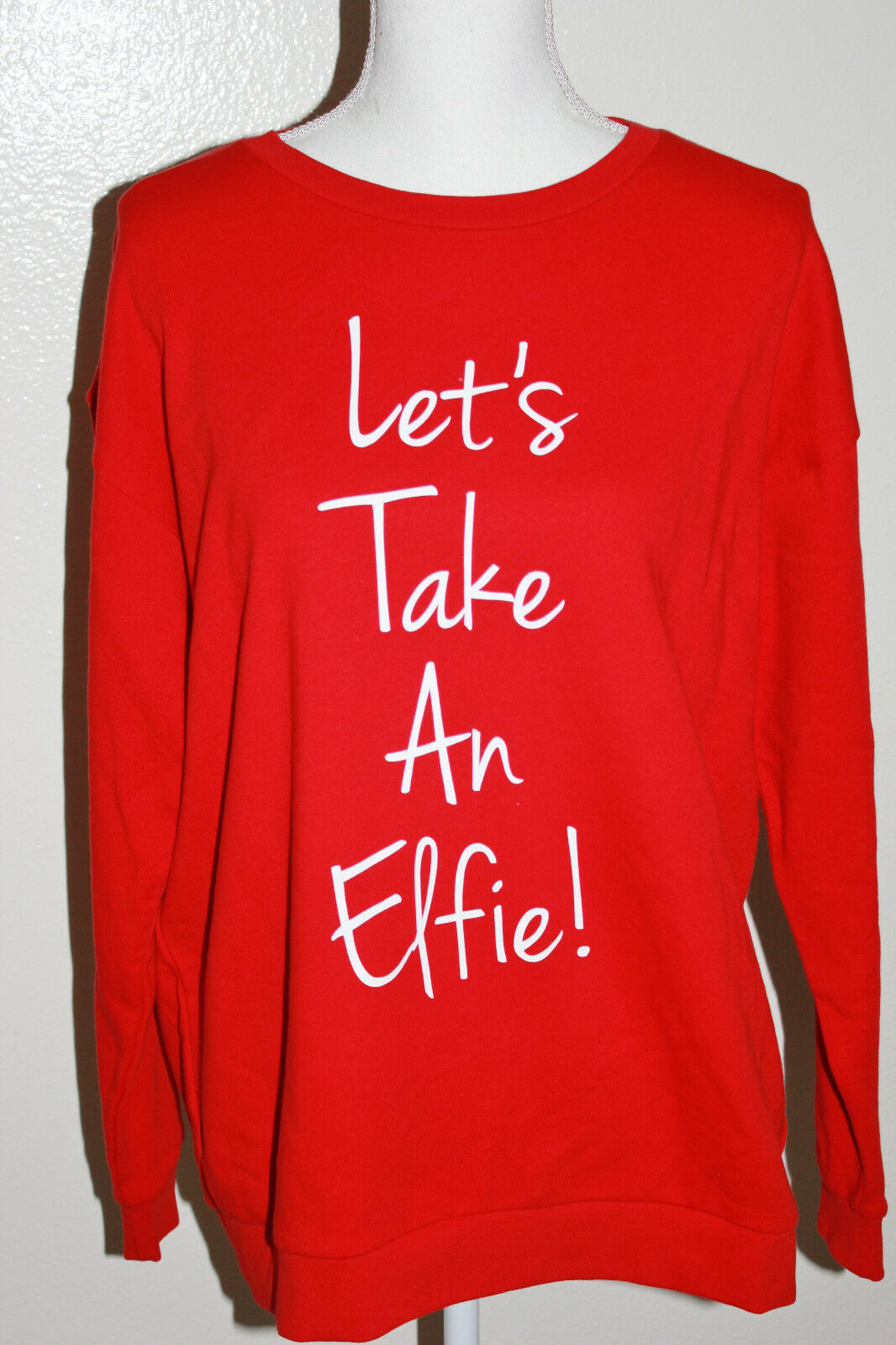 South Parade Let's Take An Elfie Red Christmas Sweatshirt Size Large