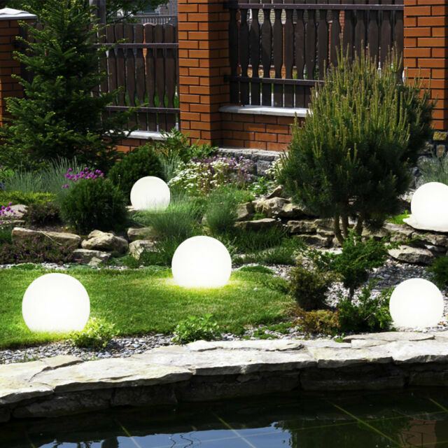 LED Solar Crackle Glass Ball Light Garden Path Outdoor Ground Spike Plug Lamp UK