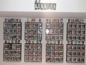 Funko Pop Display shelf Kubbie for Pops IN SOFT PROTECTORS! (BLACK or WHITE))