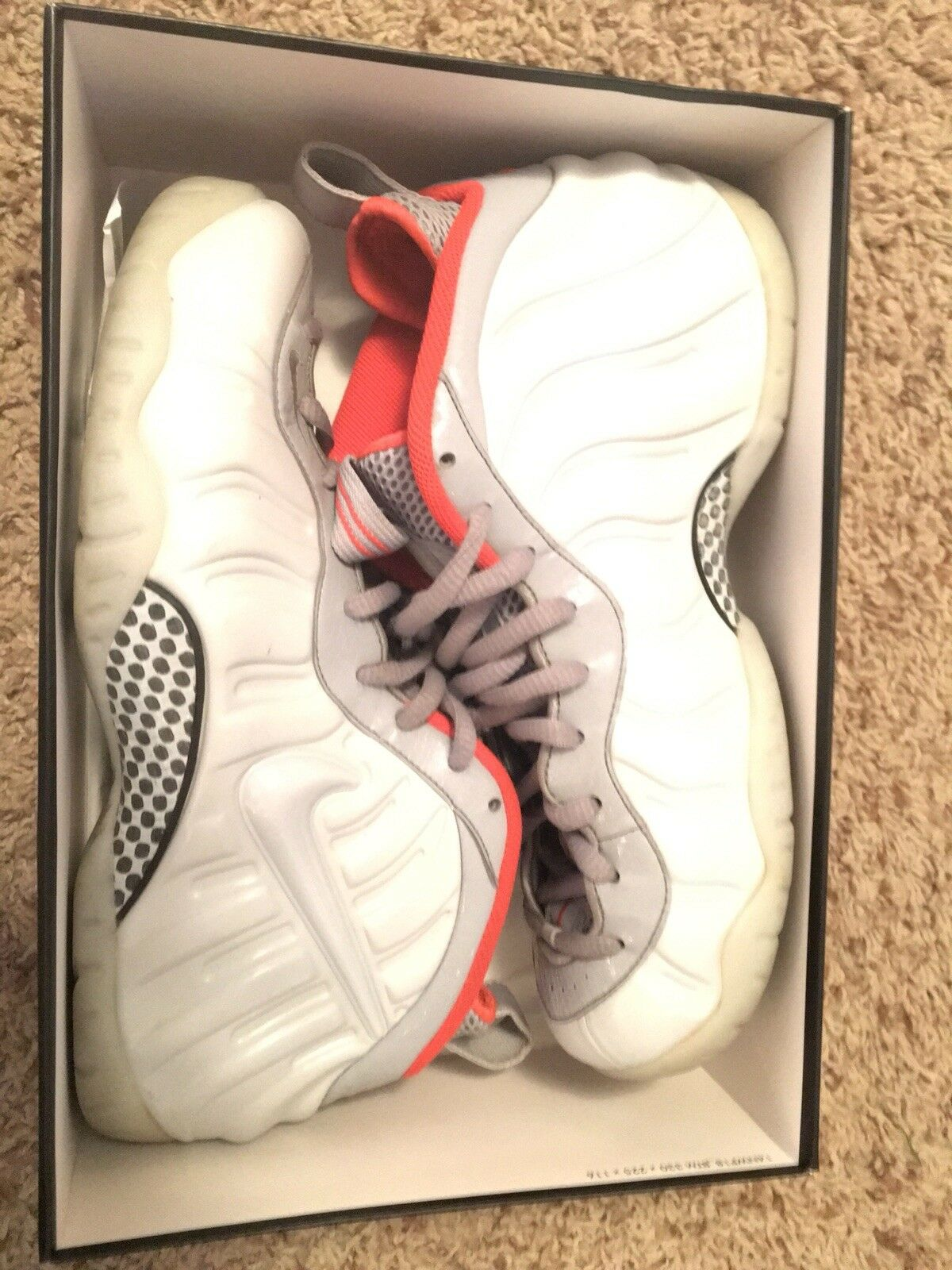 Men's Nike Foamposite size 11
