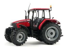 Universal Hobbies UH2753 McCormick MC 130 Tractor