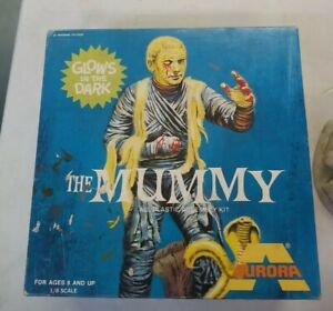 Vintage 1972 Universal Monsters The Mummy Aurora Model Kit 452 Glow In The Dark