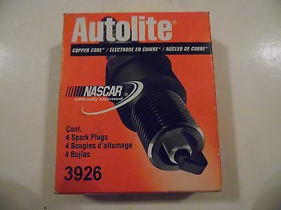 New Autolite Spark Plugs 3926 (Box of 4)