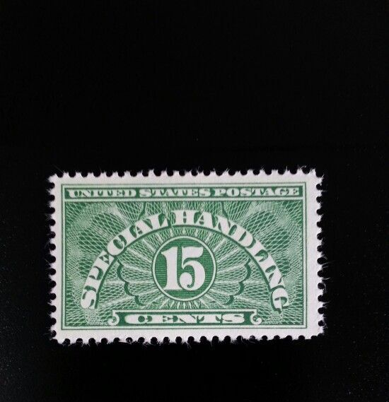 1928 15c Special Handling, Yellow Green Scott QE2 Mint