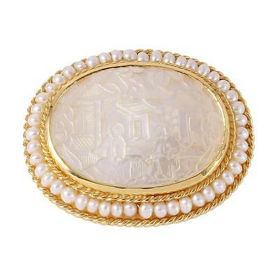 "14KT Yellow Gold Mother of Pearl ""Gaming Token"" Pendant/Brooch Lot 202"