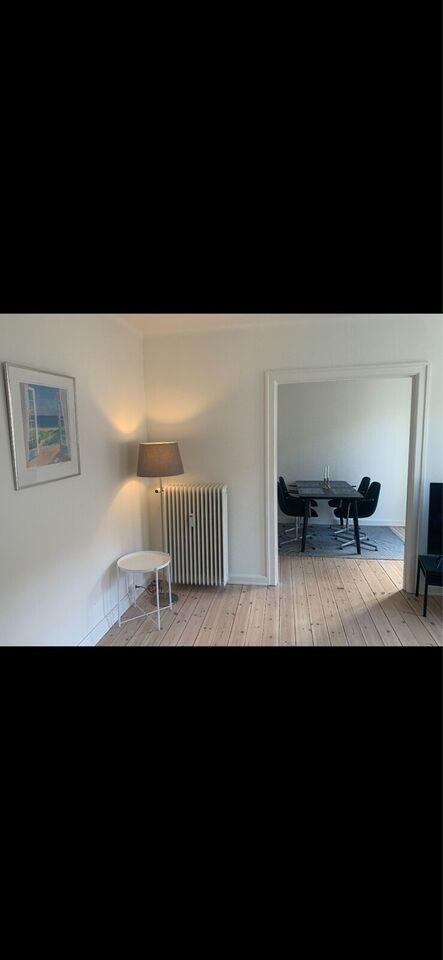 2840 3 vær. lejlighed, 67 m2, Dronninggårds Alle