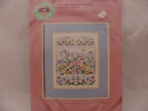 From-the-Heart-Cross-Stitch-By-The-Garden-Fence-VTG-1988-New-Sealed-10-034-x12-034