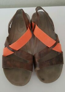 Women-039-s-KEEN-034-Dauntless-034-Strappy-Slingback-LEATHER-Summer-SANDALS-sz-6