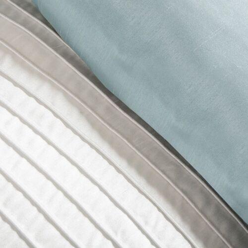 BEAUTIFUL ELEGANT LIGHT BLUE GREEN IVORY WHITE STRIPE COMFORTER SET /& PILLOWS
