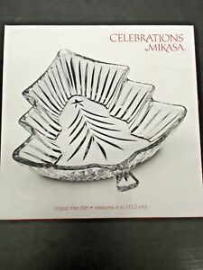 6-Inch Celebrations by Mikasa Christmas Night Small Glass Tree Candy Dish