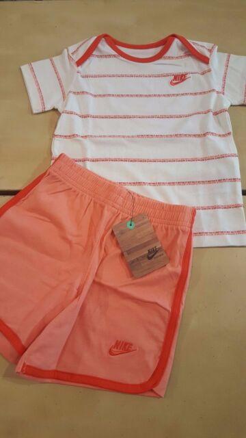 Abbigliamento bambina NIKE Completo t-shirt e pantaloncino  in cotone 18/24 mesi