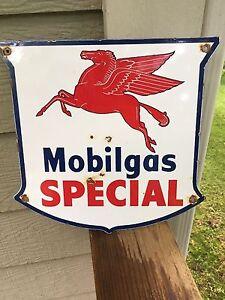 Gas Oil Mobil Mobilgas Rest Room sign ..