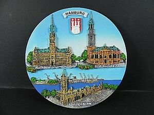 Wandteller-Hamburg-Rathaus-Michaeliskirche-Landungsbruecken-20-cm-Poly-3-D-NEU