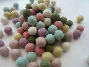 2 Cm/20 Mm Assortiment Couleur Mix Pompon Feutre Boules Nursery Artisanat Perles Fournitures-afficher Le Titre D'origine