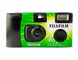 Fujifilm 7033661 QuickSnap Flash 400 Single Use Camera